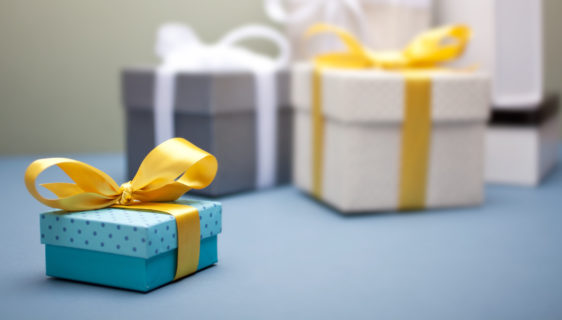 Creative Gift Ideas For Giving Corporate Diwali Gifts This Year