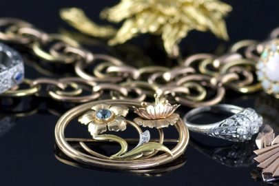 Tips to Choose a Jeweler Who Will Fit Both Your Personality And Your Pocket!